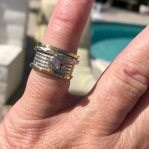Jewelry - Spinner Two-Tone Quartz Sterling Silver Ring 6.5